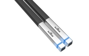 107200_1421656133_baidu-s-smart-chopsticks-sample-your-meal-for-food-safety-scares-2