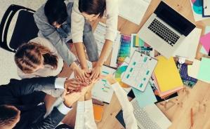 employes-groupe-bureau-union